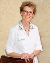 Dr. Luce Marchand